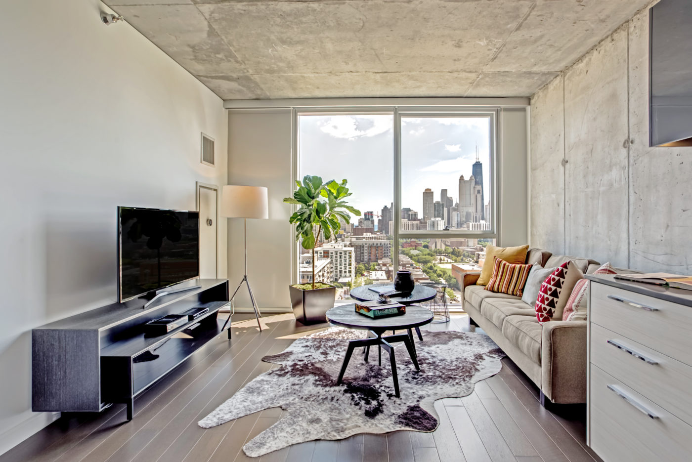 Old Town Chicago Living - Xavier Apartments Luxury Floor Plan